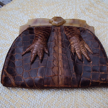 Alligator and Tortoise Flapper Clutch?