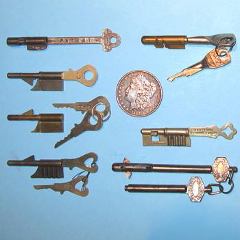 Keyhole Guard - A Lock That Looks Like a Key