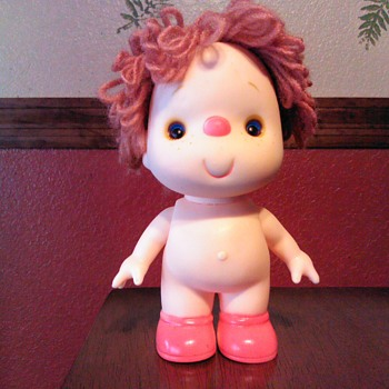 Vintage Plastic/Rubber Doll Yarn Hair Red Nose