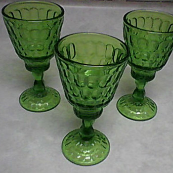 KANAWHA GREEN GOBLETS - Glassware