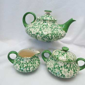 The Whole Tea Set Royal Doulton ..Burslem / Earthenware D3393 - Art Pottery