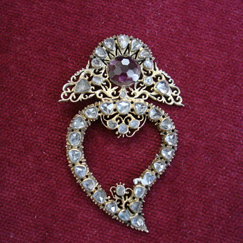 Georgian Witch&#039;s Heart - Fine Jewelry
