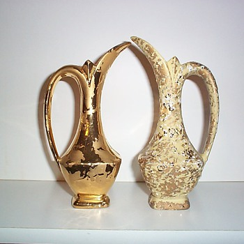 SAVOY CHINA - GOLD PAIRS II - Art Pottery
