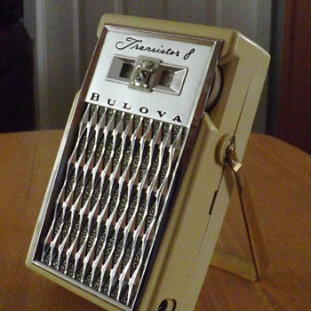 BULOVA 660 HERCULES  TRANSISTOR RADIO 1958 - Radios