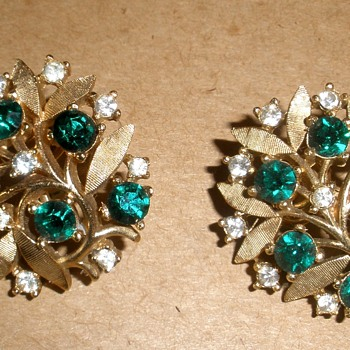 Pretty 'Gold' and 'Emerald' & 'Diamond' Leafy Trifari Earrings