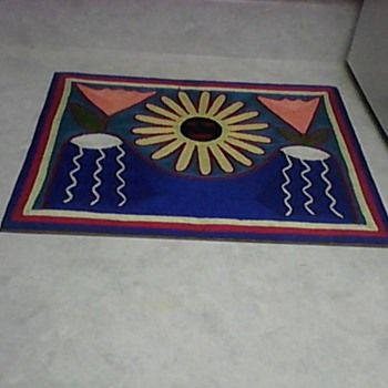 HUICHOL YARN PAINTING - Sewing
