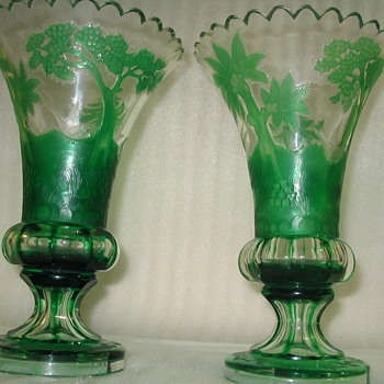 RARE-ish PAIR OF MOSER CAMEO VASES >SWOON< - Art Glass