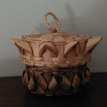 Poolaw basket