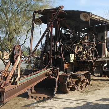 Steam Shovel and Steam Roller at the OERM - Photographs