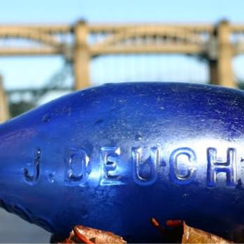 JAMES DEUCHAR NEWCASTLE COBALT BLUE HAMILTON - Bottles