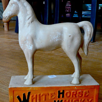 White Horse Whiskey Statue - Advertising