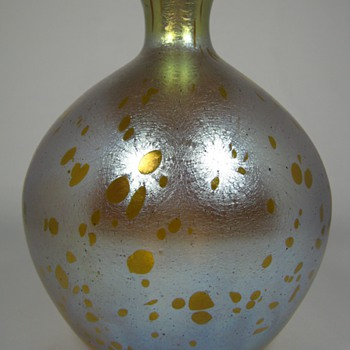 Fabulous Loetz Astraa Art Glass Large Bulbous Vase circa 1900 - Art Glass