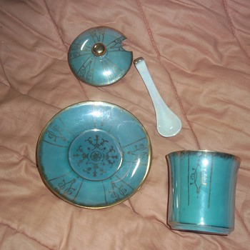 Green plate cup lid and ladle japan