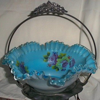 Brides Basket - Art Glass