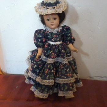 Doll, Very Old, Mystery!! - Dolls
