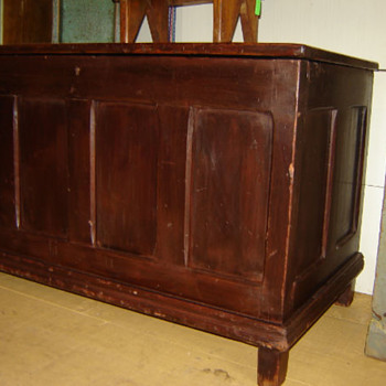 old Quebec chest - Furniture