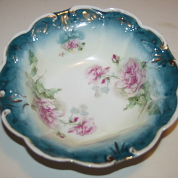 Limoge?Nippon? Porcelain Bowl Huge Pink Roses Scalloped Rim - Art Pottery