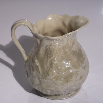 "Belleek Pottery (Irish), SMALL CREAMER"" Before 1946"
