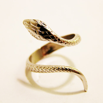 Vintage Napier Silver Snake Ring - Costume Jewelry