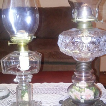 Flower stemmed oil lamps