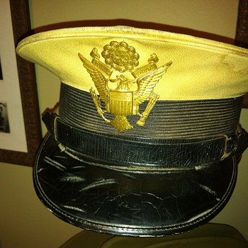 Pre WWII US Army officer's hat - Military and Wartime