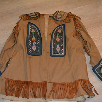 Jacket, pants and belt - Native American