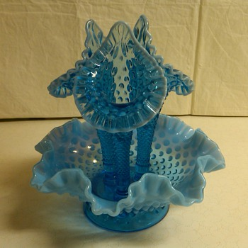 STUNNING LARGE SIZED FENTON EPERGNE IN SAPPHIRE BLUE OPALESCENT HOBNAIL - Glassware