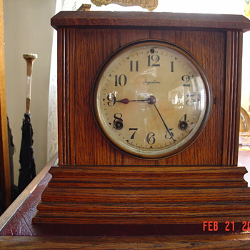 Antique Oak Ingraham Mantel Clock