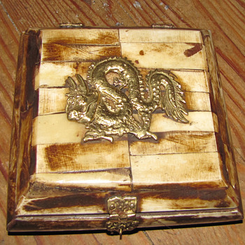 Old Chinese Dragon Box - Asian