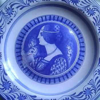 Italian ceramic portrait plates