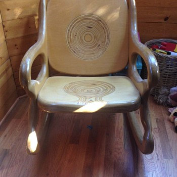 Please help me ID this chair !