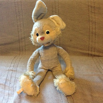 Vintage Schuco rabbit 17 inches