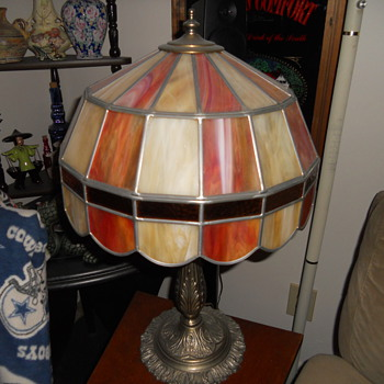 SLAG GLASS LAMP MYSTERY - Lamps
