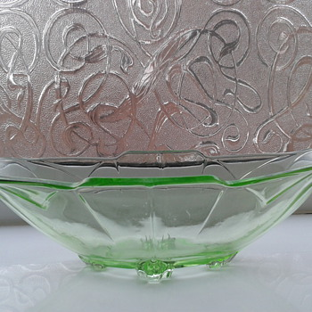 Lovely Green Glass Dish ! - Glassware