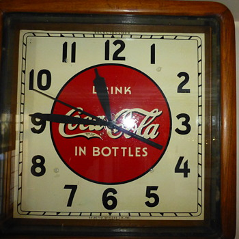 1930's Coca-Cola  Selected Devices Wood Frame Clock - Coca-Cola