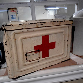 WW2 30 Cal M1 Re-purposed Ammunition box - Military and Wartime