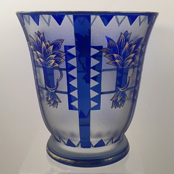 Oertel & Co (attributed) acid cutback vase, ca. 1925