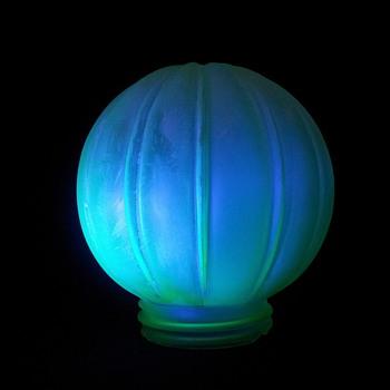 Vaseline Uranium Annagroen globe.  - Art Glass