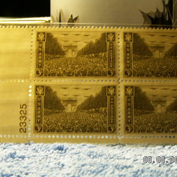 1945 US Army 3¢ Stamps - Stamps