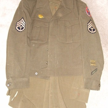 WW2 ADSEC Uniform Grouping - Military and Wartime