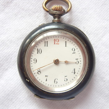 was given to me by my father and i no nothing about it! please help - Pocket Watches