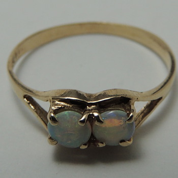 Child&#039;s Ring - 14K &amp; OPAL - Fine Jewelry