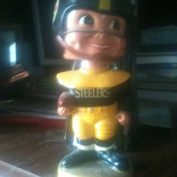 my favoritenbobble head doll - Football