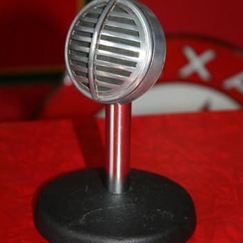 astatic microphone