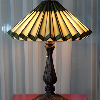 Tiffany Style Accordion Glass Lamp