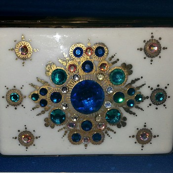 Stunning Vintage Compact