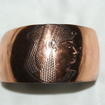 Copper Bangle with Egyptian Motive
