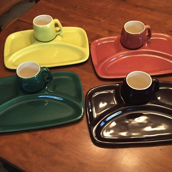 Red Wing supper trays with cups. - Art Deco