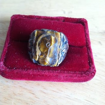 Antique Men's Cameo Ring