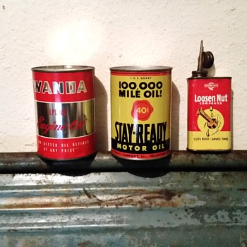 My latest cans - Petroliana
